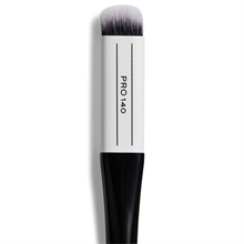 Makeup Revolution Pro 140 Dense Smudger Brush