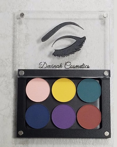 Mix your own eyeshadow palette