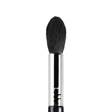 Sigma Beauty - F35 - Tapered Highlighter Brush